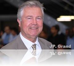 grand0043_380
