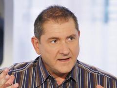 Yves Calvi, journaliste